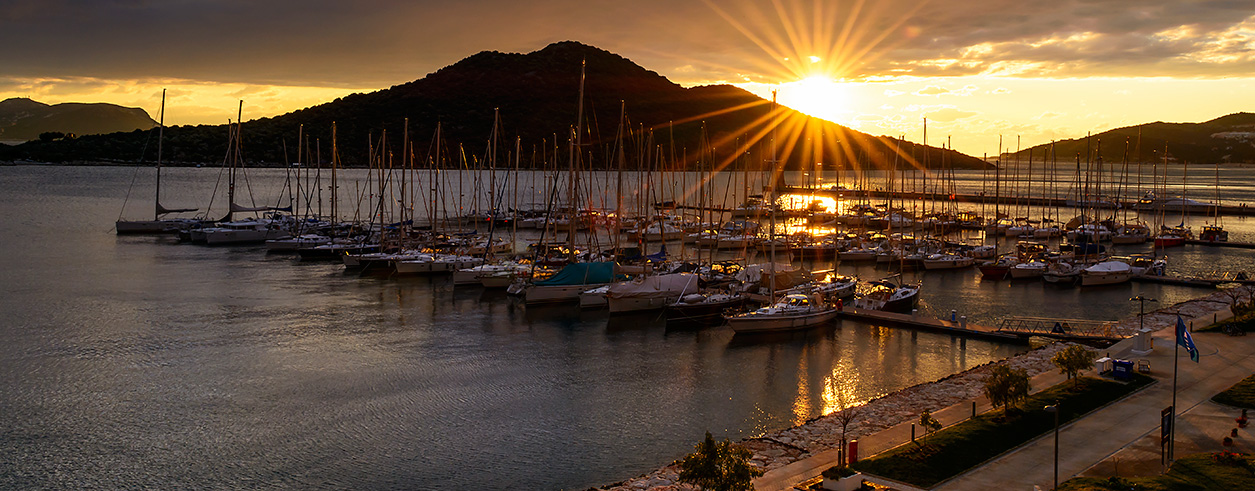Punta Estrella Yachts Foto 3